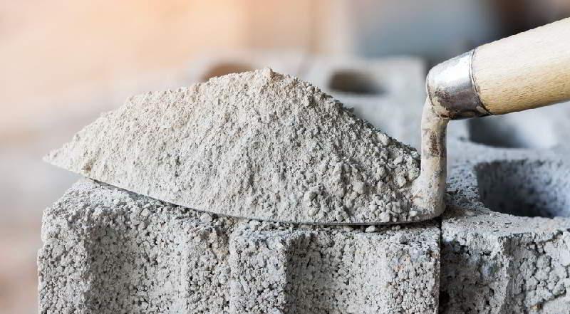 Цемент на мастерке